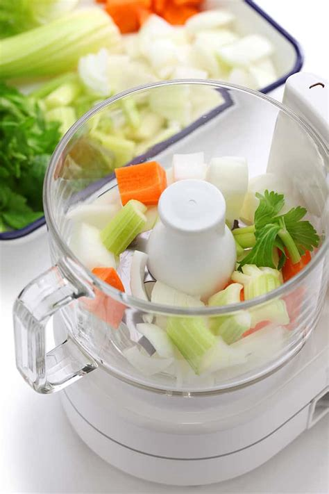 10 Ways to Use Your Mini Food Processor: put your food