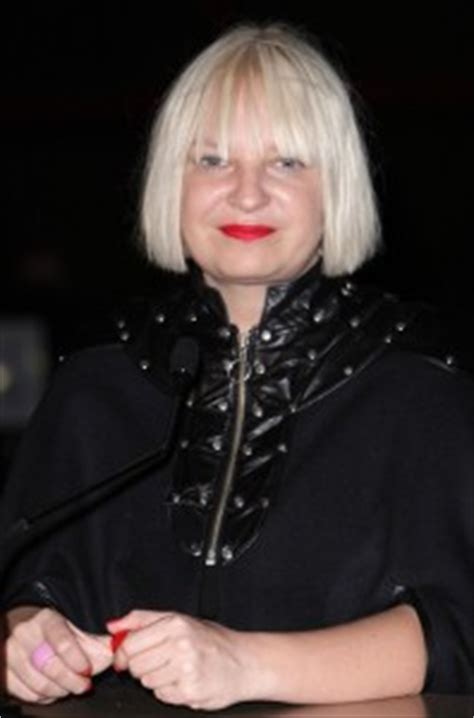 Sia Bra Size, Age, Weight, Height, Measurements