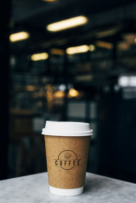 Mockup of a cup of takeaway coffee Free Psd - PSD - Free