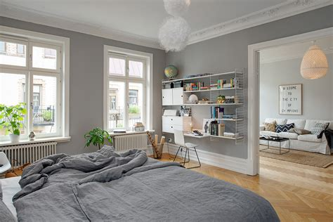 Grey bedroom walls are just perfect - COCO LAPINE