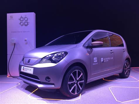 SEAT Introduces Electric Mii At Mobile World Congress 2017