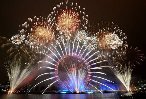 Watching London's New Year's Eve Fireworks Display