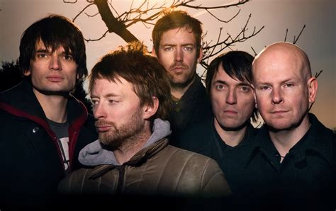 Roaring '90s: Radiohead includes electronic elements to