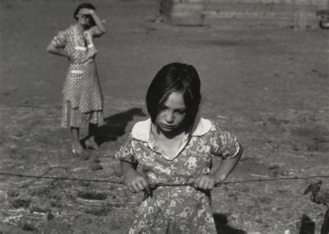 Dorothea Lange: A Powerful Photographic Portrayal Of