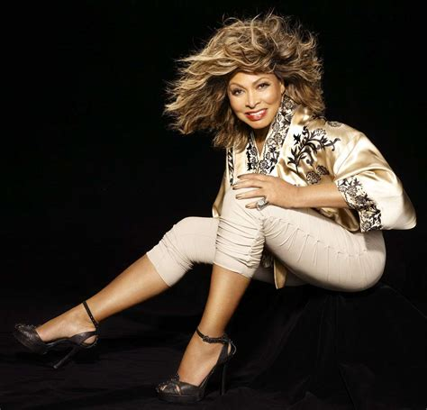 Tina Turner Birthday, Real Name, Age, Weight, Height